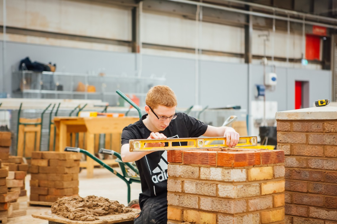 Construction Apprenticeship Overviews