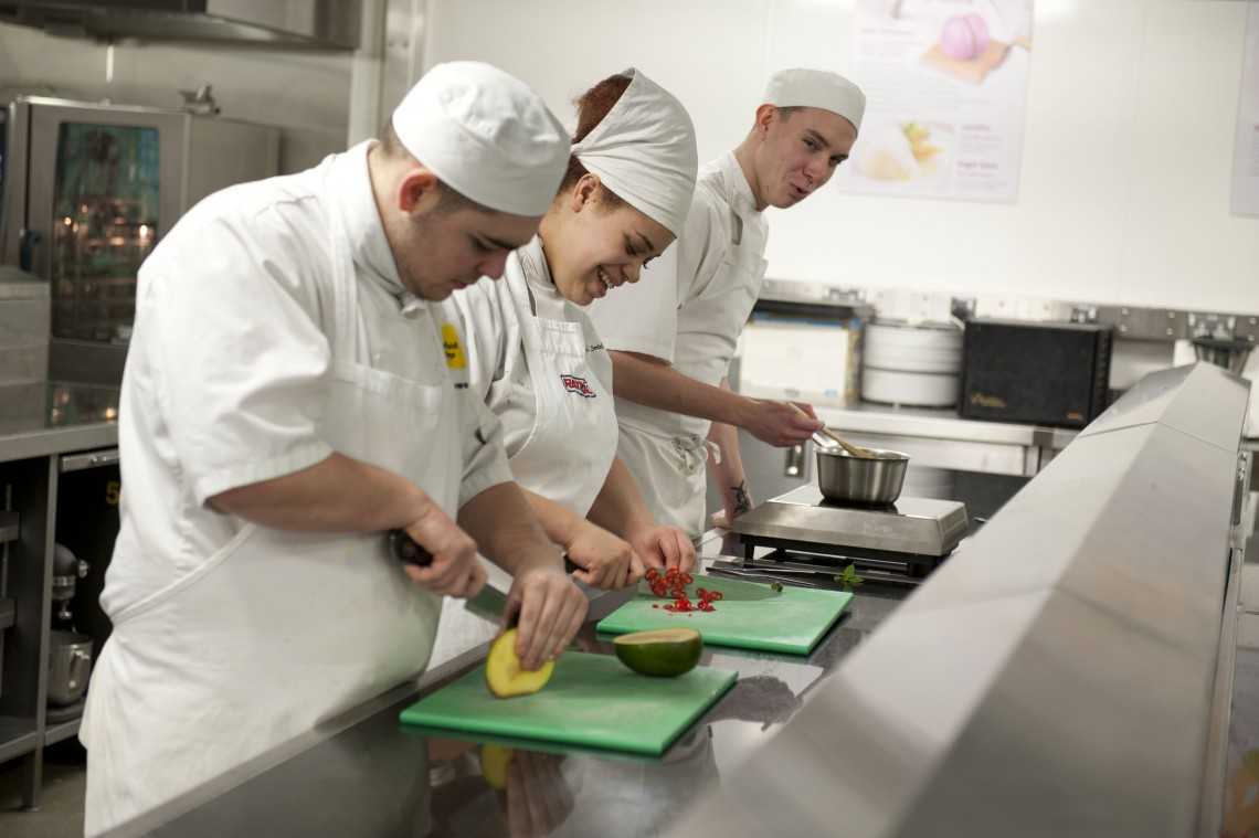 Catering & Hosp Apprenticeship Overviews
