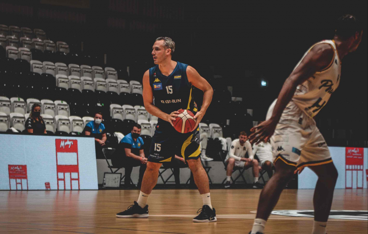 Sheffield Sharks stars lend their support to inspirational education programme